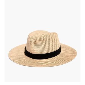 NWT Packable Mesa Straw Hat